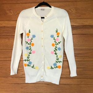 Vintage floral embroidered button up cardigan